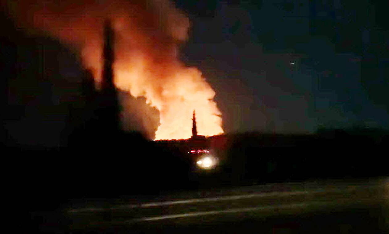 Κόρινθος: Στις φλόγες εργοστάσιο ανακύκλωσης (vid)
