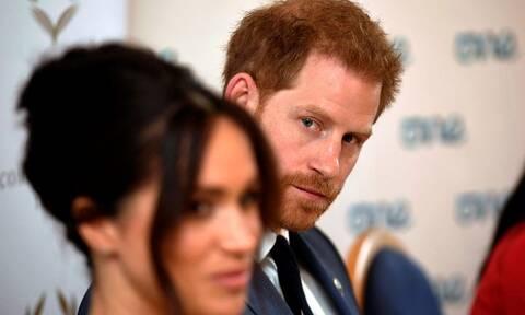 Megxit: Η βασιλική οικογένεια τα «έψαλε» στον Χάρι – Το παρασκήνιο της συνάντησης με την Βασίλισσα