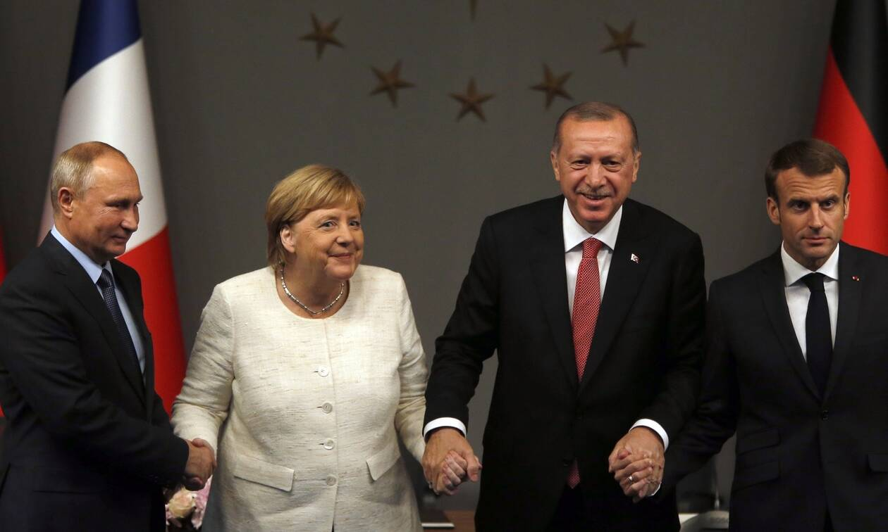 Διπλωματικός «αγώνας» για να συμμετάσχει η Ελλάδα στη διάσκεψη του Βερολίνου για τη Λιβύη