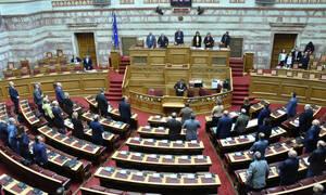 Σε νομοθετικό «πυρετό» η Βουλή: Έρχονται 15 νομοσχέδια - Ποια θα ψηφιστούν μέσα σε δύο εβδομάδες