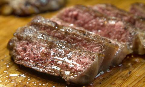 Δες τι συμβαίνει στους βίγκαν όταν δοκιμάσουν κρέας για πρώτη φορά