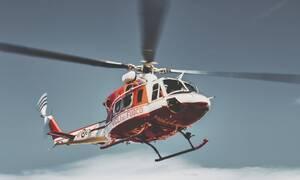 Αδιανόητο: Δείτε τι πέταξαν από ελικόπτερο σε πισίνα δισεκατομμυριούχου