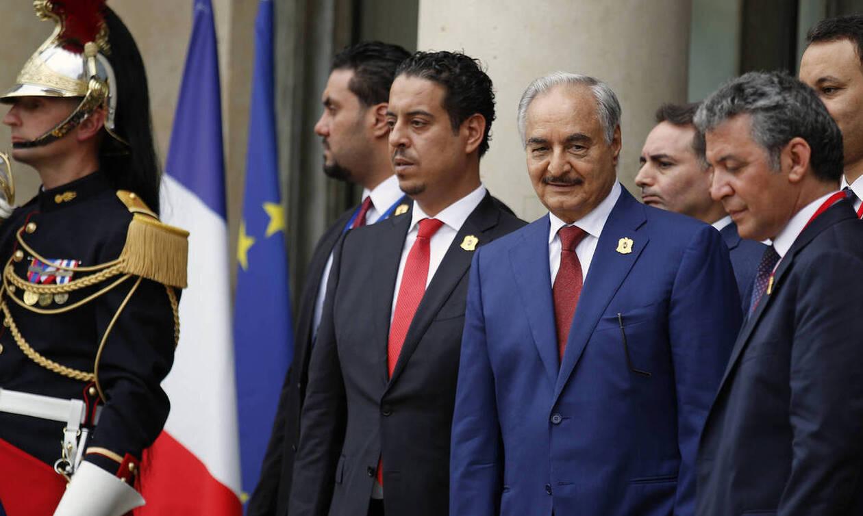 Διάσκεψη για τη Λιβύη: Δυσαρέσκεια Χαφτάρ για το «όχι» του Βερολίνου στην Αθήνα