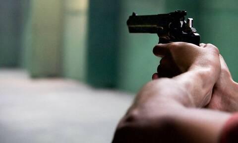 Άγριο φονικό στις Μοίρες! Πυροβόλησε την πρώην γυναίκα του και σκότωσε 80χρονο