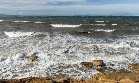 Καιρός: Ισχυρές βροχές και καταιγίδες - Θυελλώδεις άνεμοι στο Αιγαίο