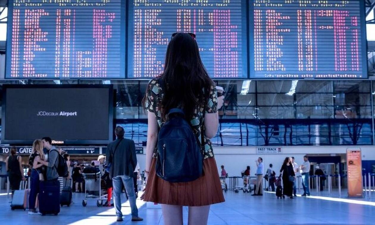 Χαμός στο αεροδρόμιο: Επιβάτης έκανε στριπτίζ στην αίθουσα αναμονής