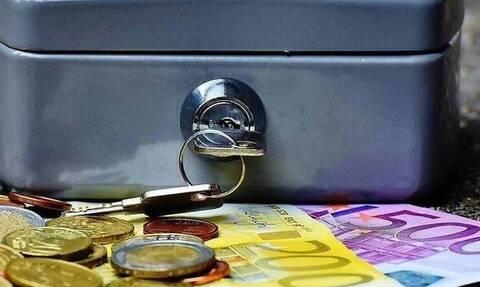 ΟΠΕΚΑ: Πότε θα πληρώσει τα επιδόματα στους δικαιούχους