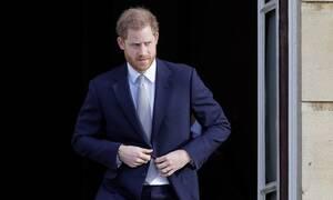 Megxit: Ο πρίγκιπας Χάρι εκπλήρωσε την τελευταία του βασιλική υποχρέωση (vid)