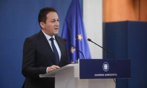 Πέτσας για Σακελλαροπούλου: Η υποψηφιότητά της για ΠτΔ σηματοδοτεί μία νέα εποχή