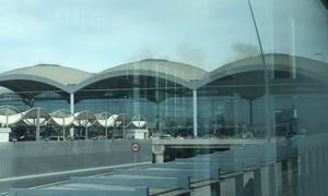 Ισπανία: Λειτουργεί και πάλι το αεροδρόμιο του Αλικάντε μετά την πυρκαγιά