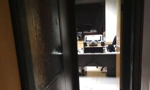 Ο Ρουβίκωνας ανέλαβε την επίθεση στα γραφεία των εφημερίδων «Espresso» και «Δημοκρατία»