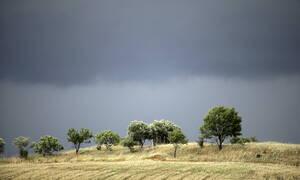 Καιρός τώρα: Με χαμηλές θερμοκρασίες και τοπικές βροχές η Παρασκευή (pics)