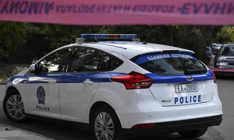 Τρόμος στη Θεσσαλονίκη: Τους επιτέθηκαν με μαχαίρια και ξύλα, τους πήραν κινητά και χρήματα