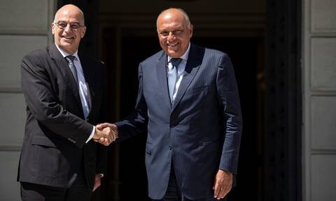 ΥΠΕΞ Ελλάδας - Αιγύπτου: Η Τουρκία στέλνοντας στρατό στη Λιβύη παραβιάζει τις αποφάσεις του ΟΗΕ