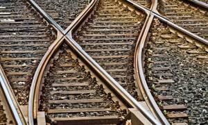 Τραγωδία: Πέρασε από πάνω του το τραμ (pics)