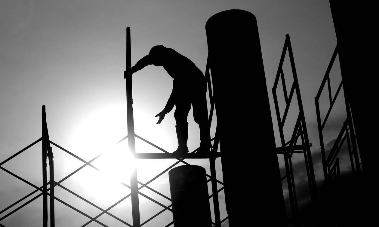 Υπουργείο Εργασίας: Tα πρόστιμα της «μαύρης» εργασίας