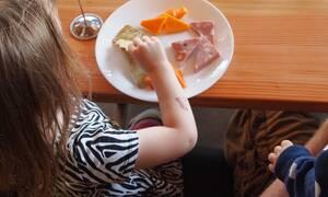 Υπουργείο Εργασίας: Εγκρίθηκε κονδύλι 44 εκατ. ευρώ για σχολικά γεύματα