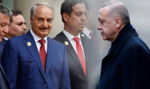 Ποιος διπλωματικός «πυρετός»…; Ο Χαφτάρ τρολάρει τον Ερντογάν λίγο πριν τη Διάσκεψη στο Βερολίνο