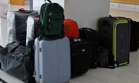 «Πάγωσαν» οι αστυνομικοί με αυτό που μετέφερε στις αποσκευές της (pics)