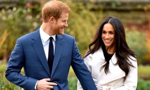Γιατί η Meghan Markle κι ο πρίγκιπας Harry επέλεξαν αυτήν τη φωτογραφία για το Megxit;