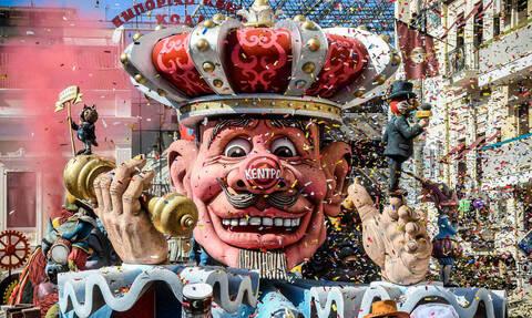 Πάτρα: Πρεμιέρα για το πατρινό καρναβάλι - Όλη η πόλη μια μεγάλη γιορτή (pics)