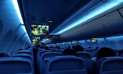 Εσύ ξέρεις γιατί χαμηλώνουν τα φώτα στην απογείωση και την προσγείωση αεροπλάνου; (pics)