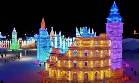 Τα ωραία του χειμώνα: Απίστευτα γλυπτά πάγου στο φετινό φεστιβάλ της Χαρμπίν στην Κίνα