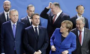 Διάσκεψη του Βερολίνου: Λεπτό προς λεπτό οι εξελίξεις – Σκληρό πόκερ για τη Λιβύη