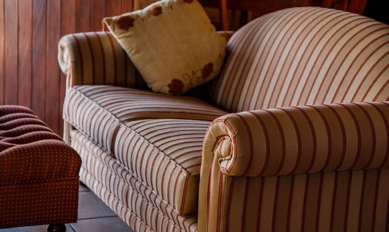 Αγόρασε μεταχειρισμένο καναπέ και... έγινε πλούσιος - Δείτε πώς!