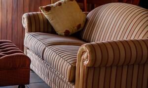 Αγόρασε μεταχειρισμένο καναπέ και έκρυβε «θησαυρό» (pics)