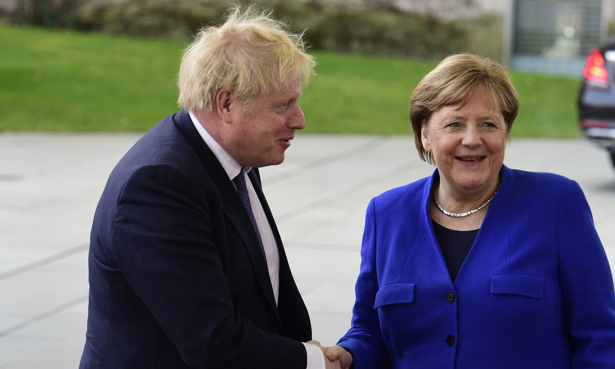 Διάσκεψη Βερολίνου: Οι «κατάρες» της Μέρκελ – Τι έπαθε ο Τζόνσον; (vids)