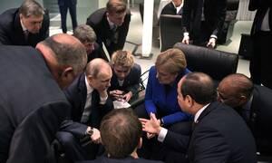 Διάσκεψη Βερολίνου: Ο Χαφτάρ «τρολάρει» τον Ερντογάν (pics)