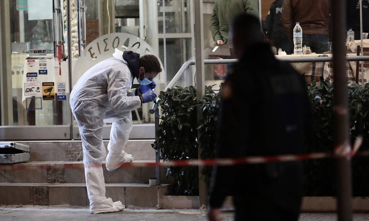 Βάρη: «Πόλεμος» μαφιόζων πίσω από την εκτέλεση – Πυροβόλησαν τα θύματα στο κεφάλι