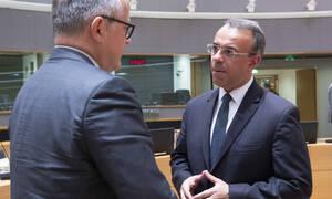 Το Eurogroup, η πέμπτη αξιολόγηση και οι τρεις διαπραγματευτικοί στόχοι της κυβέρνησης