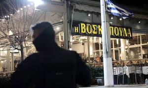 В результате стрельбы в таверне в Афинах погибли два человека