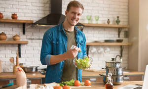 Διατροφή με χαμηλά λιπαρά: Τι προκαλεί στους άνδρες