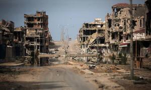 Στα «σκουπίδια» η συμφωνία του Βερολίνου; - Χαφτάρ: Σύροι πολιτοφύλακες άνοιξαν πυρ