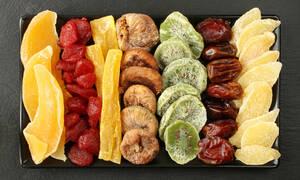 Αποξηραμένα φρούτα: Ποιες βιταμίνες θα πάρετε από τα 6 πιο δημοφιλή (εικόνες)