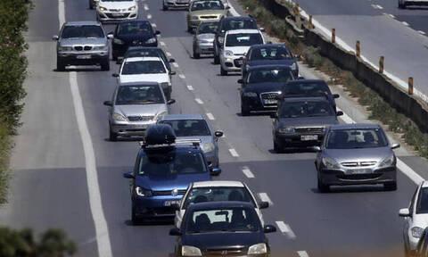 Έρχονται κίνητρα για την αγορά ηλεκτροκίνητων αυτοκινήτων - Τι εξετάζει η κυβέρνηση