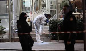 Βάρη: Πώς οι δολοφόνοι εντόπισαν τα θύματα τους – Τι καταθέτουν οι σύζυγοι
