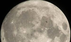 Σε λειτουργία η πρώτη πιλοτική μονάδα παραγωγής οξυγόνου από σεληνιακή σκόνη