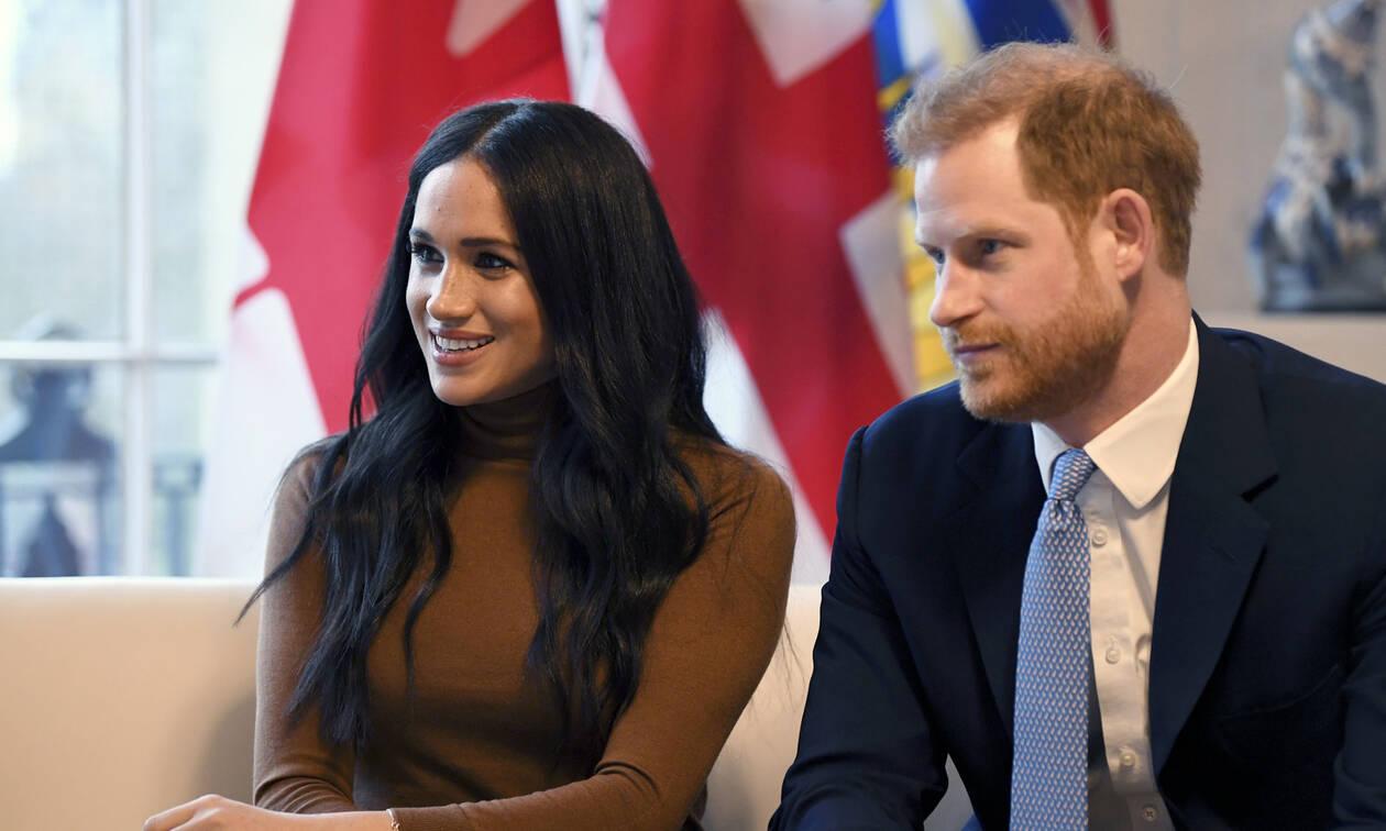 Megxit: Έφθασε στον Καναδά και ο πρίγκιπας Χάρι – Οι πρώτες φωτογραφίες της Μέγκαν και του Άρτσι