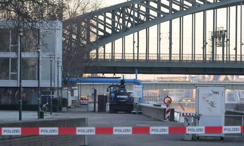 Συναγερμός για βόμβα στην Κολωνία - Εκκενώθηκε περιοχή