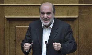 Τρύφων Αλεξιάδης: Κατέρρευσε στη Βουλή - Αγωνία για τον βουλευτή του ΣΥΡΙΖΑ