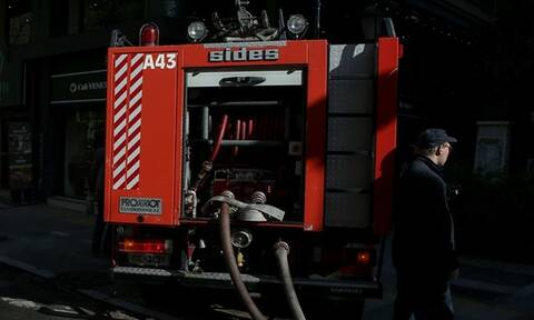 Φωτιά σε σπίτι στη Γλυφάδα - Στο νοσοκομείο τρία άτομα