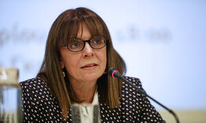 Αικατερίνη Σακελλαροπούλου: Στις 10:30 εκλέγεται η πρώτη γυναίκα Πρόεδρος της Δημοκρατίας
