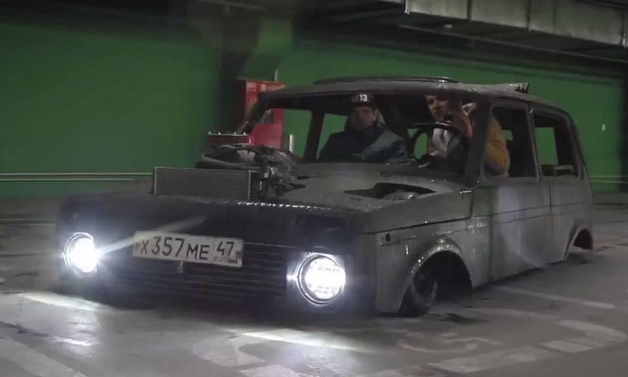 Οι Ρώσοι δεν είναι καλά: Μετέτρεψαν ένα Lada Niva σε ερπετό!