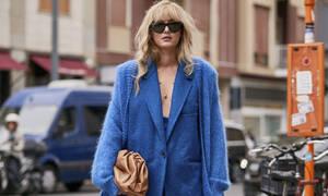 Classic blue: το χρώμα της χρονιάς ... στην γκαρνταρόμπα σου