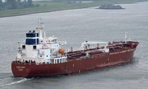 Ελεύθεροι αφέθηκαν οι πέντε Έλληνες ναυτικοί στο Καμερούν