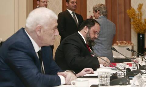 Συνάντηση Big 4: Το πρώτο ρεπορτάζ από το Σύνταγμα (video+photos)